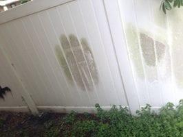 Vinyl Fence Cleaning Davenport