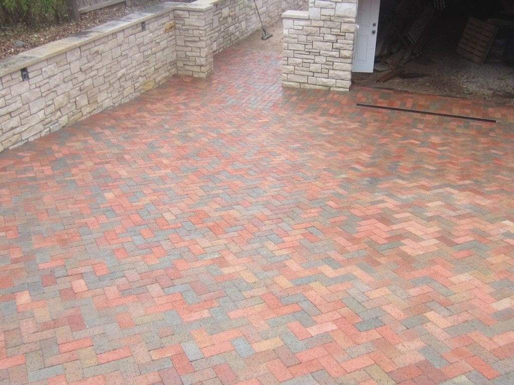 Paver and Walkway Cleaning